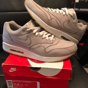 new arrival e0fc1 b7eac Nike airmax leather premiums ...
